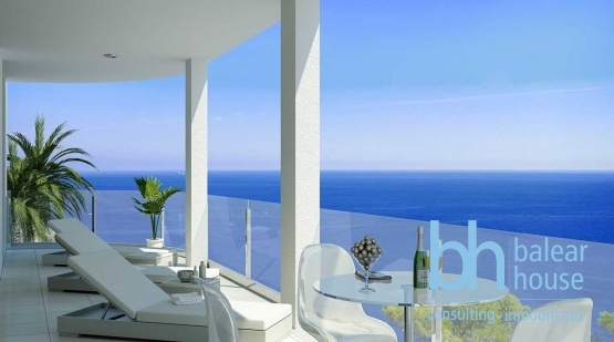 Luxurious new apartments under construction just one minute from the harbor of Puerto Andratx